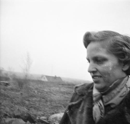 Dorothy Helen (Phillips) Jacobson.